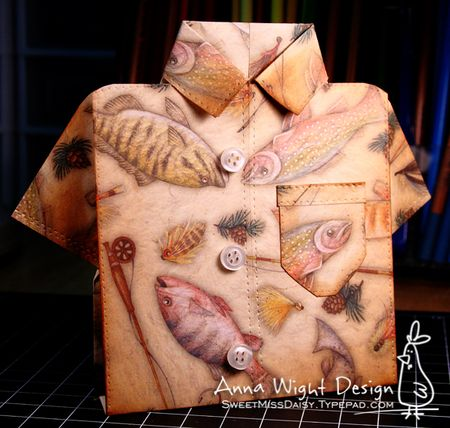 AnnaWightFishShirt4288web600
