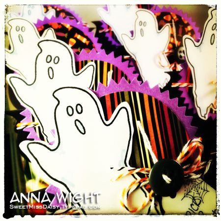 AnnaWightHalloweenToppers