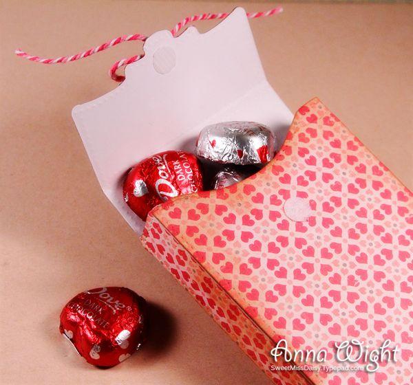 sizzix sweet valentine box  sassy  sweet notes